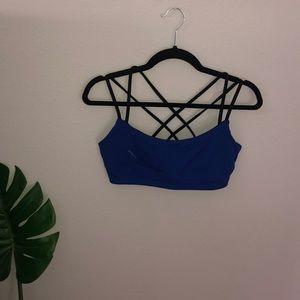 LUCY strappy back sports bra blue black L